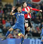 Getafe's Juan Cala (l) and Athletic de Bilbao's Aritz Aduriz during La Liga match. January 30,2016. (ALTERPHOTOS/Acero)