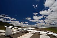 Startbereit: AFRIKA, SUEDAFRIKA, 17.12.2007: Startbereit auf der Piste, Startbahn in Gariepdam, EB 28, Offene Klasse, Flaeche, Rumpf, Aufwind-Luftbilder