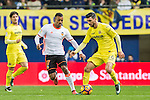 Roberto Soriano of Villarreal CF fights for the ball with Luis Almeida da Cunha, Nani, of Valencia CF during their La Liga match between Villarreal CF and Valencia CF at the Estadio de la Cerámica on 21 January 2017 in Villarreal, Spain. Photo by Maria Jose Segovia Carmona / Power Sport Images