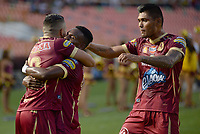 IBAGUÉ -COLOMBIA, 15-04-2017. Jugadores del Deportes Tolima celebran después de anotar un gol a Deportivo Cali durante partido por la fecha 13 de la Liga Águila I 2017 jugado en el estadio Manuel Murillo Toro de Ibagué. / Players of Deportes Tolima celebrate after scoring a goal to Deportivo Cali during match for date 13 of the Aguila League I 2017 played at Manuel Murillo Toro stadium in Ibague city. Photo: VizzorImage / Juan Carlos Escobar / Cont