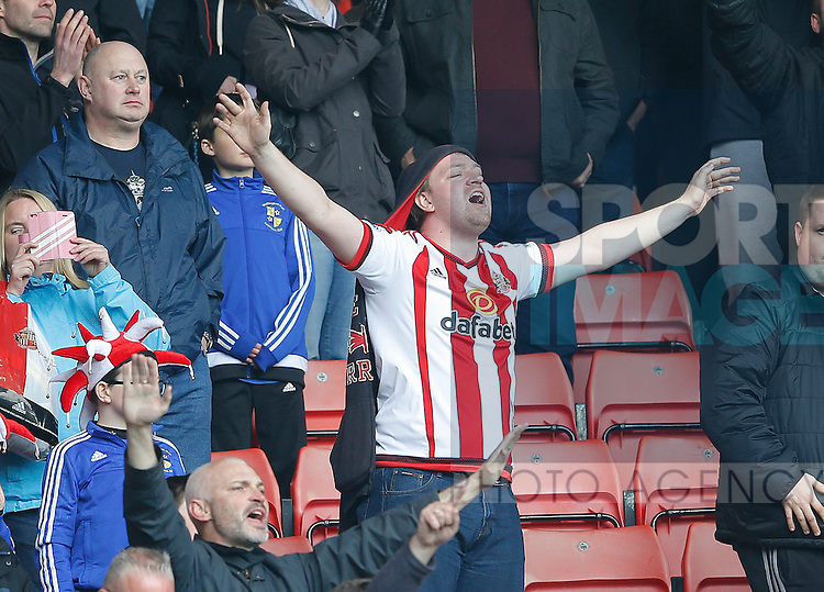 Sunderland fans celebrate the win during the Barclays Premier League match at the Stadium of Light, Sunderland. Photo credit should read: Simon Bellis/Sportimage