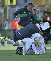 BOGOTÁ -COLOMBIA, 18-07-2015. Jugadores de Deportivo Cali celebran el segundo gol anotado a La Equidad durante partido por la fecha 2 de la Liga Águila II 2015 jugado en el estadio Metropolitano de Techo de la ciudad de Bogotá./ Players of Deportivo Cali celebrate the second goal scored to La Equidad during match for the second date of the Aguila League II 2015 played at Metropolitano de Techo stadium in Bogotá city. Photo: VizzorImage/ Gabriel Aponte / Staff