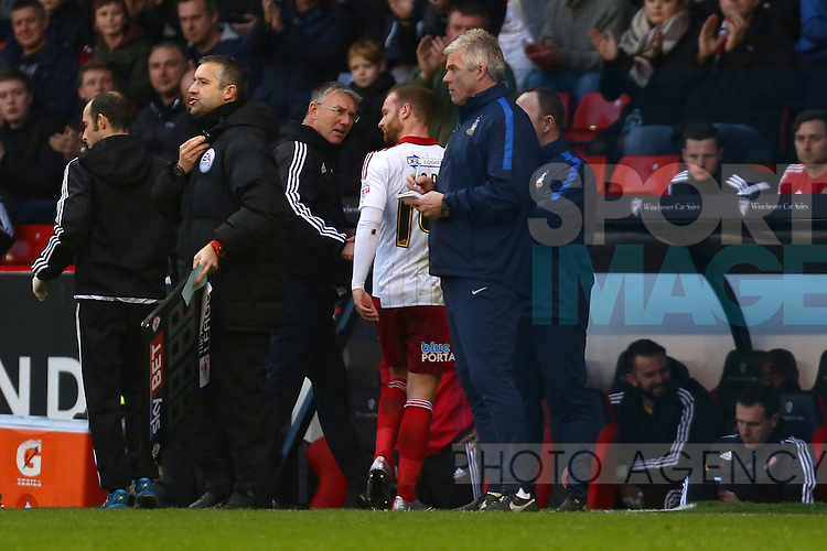 Sheffield United's manager, Nigel Adkins quizzes Matt Done as he is substituted early - Sheffield United vs Bradford City - Skybet League One - Bramall Lane - Sheffield - 28/12/2015 Pic Philip Oldham/SportImage