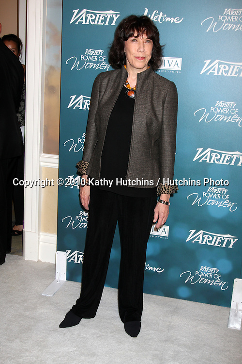 LOS ANGELES - SEP 30:  Lily Tomlin arrives at  Variety's 2nd Annual Power of Women Luncheon at Beverly Hills Hotel on September 30, 2010 in Beverly Hills, CA