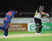 NZ's Jesse Ryder bats during 2nd Twenty20 cricket match match between New Zealand Black Caps and West Indies at Westpac Stadium, Wellington, New Zealand on Friday, 27 February 2009. Photo: Dave Lintott / lintottphoto.co.nz