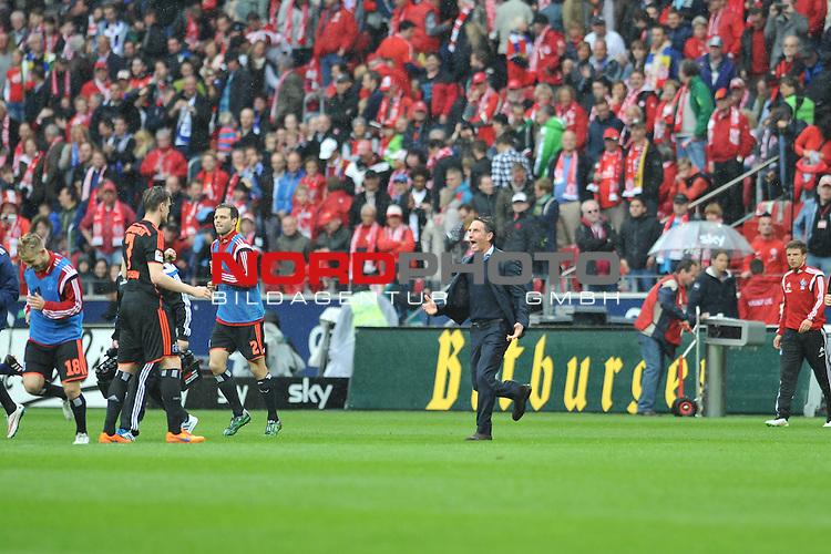 03.05.2015, cofacearena, Mainz, GER, FSV Mainz 05 vs. Hamburger SV, im Bild: Jubel bei Bruno Labbadia (Trainer, Hamburger SV) nach dem Schlusspfiff<br /> <br /> Foto &copy; nordphoto / Fabisch