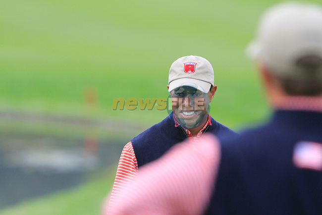 Tiger Woods all smiles on the 6th green during Practice Day 3 of the The 2010 Ryder Cup at the Celtic Manor, Newport, Wales, 29th September 2010..(Picture Eoin Clarke/www.golffile.ie)