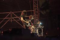 CIUDAD DE MEXICO, D.F. 22 Noviembre.- Ratata durante el festival Corona Capital 2015 en el Autodromo Hermanos Rodríguez de la Ciudad de México, el 22 de noviembre de 2015.  FOTO: ALEJANDRO MELENDEZ