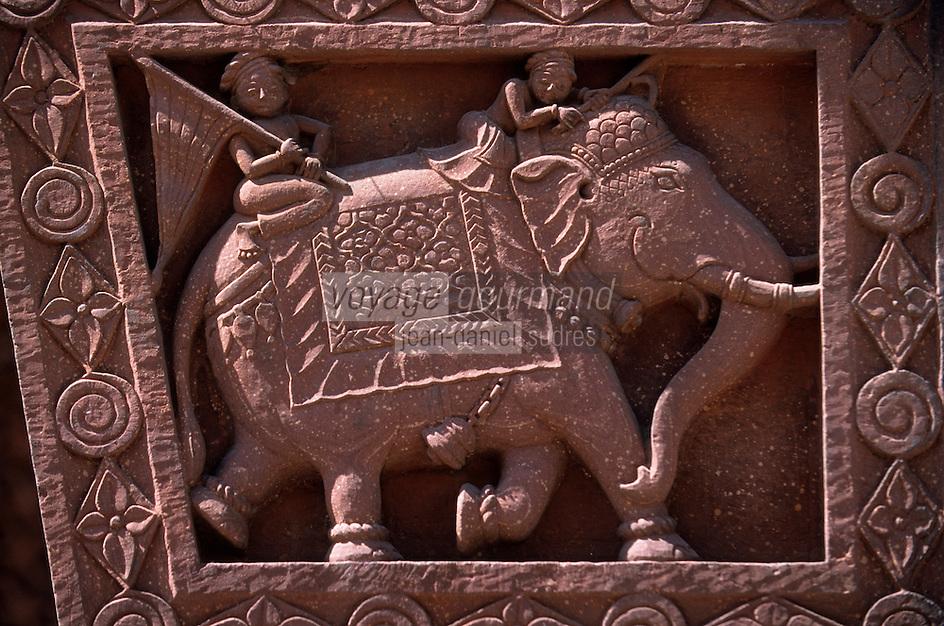 """Asie/Inde/Rajasthan/Jaipur: Temple Hindou """"Sita Ram Ji"""" sur Chhoti Chaupar - Détail éléphant sculpté"""