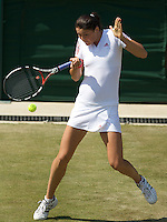 Dinara Safina RUS (1) against Rossana De Los Rios (PAR) in the second round of the ladies singles. Safina beat De Los Rios 6-3 7-5..Tennis - Wimbledon - Day 4 - Thur 25th June 2009 - All England Lawn Tennis Club  - Wimbledon - London - United Kingdom..Frey Images, Barry House, 20-22 Worple Road, London, SW19 4DH.Tel - +44 20 8947 0100.Cell - +44 7843 383 012