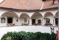 Austria, Lower Austria, UNESCO World Heritage Wachau, Krems: Hotel Alte Post, courtyard, detail