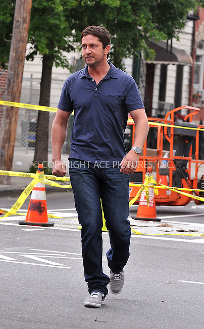 WWW.ACEPIXS.COM . . . . .  ....June 16 2009, New York City....Actor Gerlad Butler was on the set of the new movie 'The Bounty' in Brooklyn on June 16 2009 in New York City.....Please byline: AJ Sokalner - ACEPIXS.COM..... *** ***..Ace Pictures, Inc:  ..tel: (212) 243 8787..e-mail: info@acepixs.com..web: http://www.acepixs.com