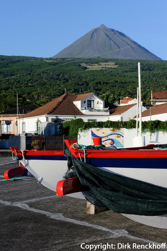 Hafen in Sao Roque/Cais de Pico auf der Insel Pico, Azoren, Portugal