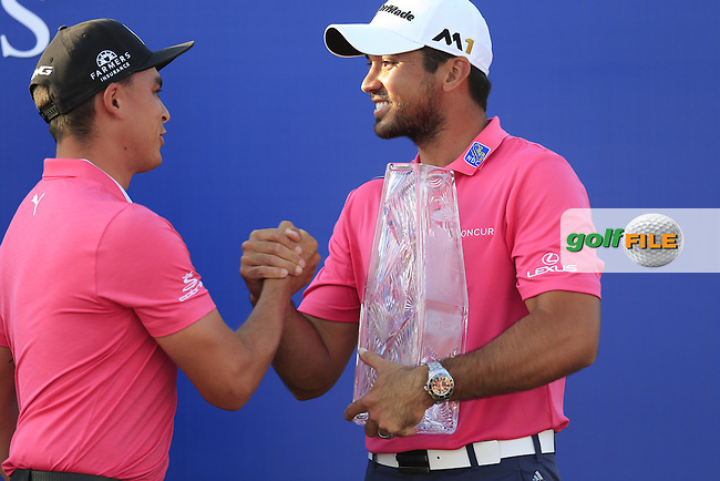 Jason Day (AUS) winner presented by 2015 Winner Rickie Fowler (USA) after the final round of the Players, TPC Sawgrass, Championship Way, Ponte Vedra Beach, FL 32082, USA. 15/05/2016.<br /> Picture: Golffile | Fran Caffrey<br /> <br /> <br /> All photo usage must carry mandatory copyright credit (&copy; Golffile | Fran Caffrey)