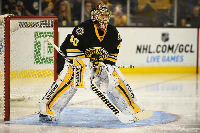 January 13, 2015 - Boston, Massachusetts, U.S. - Boston Bruins goalie Tuukka Rask (40) in game action during the NHL match between the Tampa Bay Lightning and the Boston Bruins held at TD Garden in Boston Massachusetts. Boston defeated Tampa Bay 4-3 in regulation time. Eric Canha/CSM