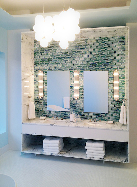Bath designed by Jamie Drake featuring Pandora in Peacock Topaz and Jade jewel glass for Blackman Studio, Southampton NY.
