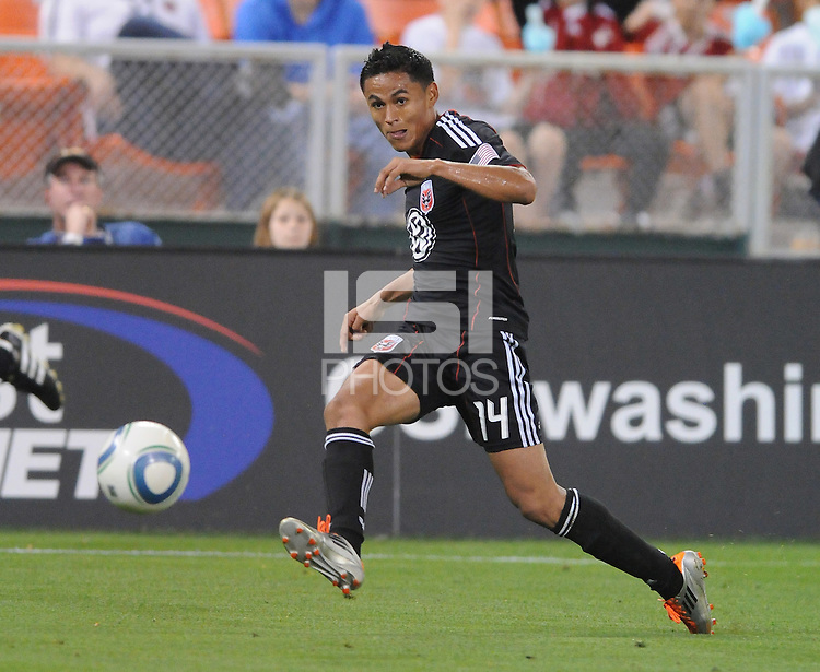 DC United midfielder Andy Najar (14)   DC United tied The Colorado Rapids 1-1, at RFK Stadium, Saturday  May 14, 2011.