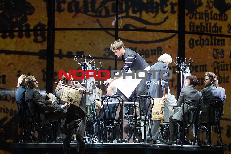 25.03.2015, Deutsches Theater, Muenchen, GER, Musical, Elisabeth im Deutschen Theater, im Bild Luigi Lucheni (Michael Souschek)<br /> <br />  Foto &copy; nordphoto / Straubmeier