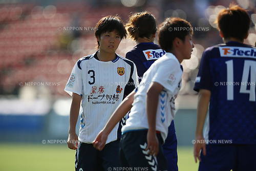 Shiori Miyake (INAC),<br /> JUNE 15, 2014 - Football / Soccer : 2014 Nadeshiko League, between AS ELFEN SAITAMA 1-3 INAC KOBE LEONESSA at NACK 5 Stadium Omiya, Saitama, Japan. (Photo by Jun Tsukida/AFLO SPORT)