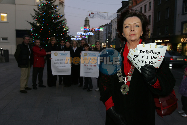 Drogheda and District chamber president Patricia Rooney Front left launches a campaign by the chamber  to lower the vat rate from 21.5% to 15% pictures with retailers from the Drogheda Area with the streets that would normally be busy with trade now quiet..Further details from Drogheda and District chamber 041-9833544.Photo: Fran Caffrey/www.newsfile.ie..NO REPO FEE ON THESE PICTURES.