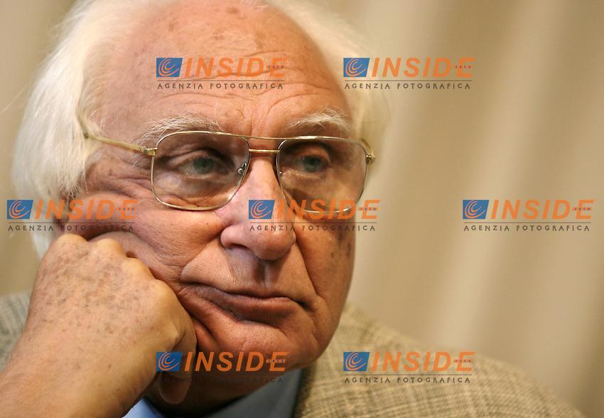 Roma 09-10-2006 Partito Radicale: Conferenza stampa sul tema &quot;Nessuno tocchi Saddam<br /> Nella foto Marco Pannella<br /> Photo Serena Cremaschi Inside