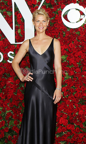 NEW YORK, NY-June 12: Claire Danes at the 70th Annual Tony Awards at the Beacon Theatre in New York. NY June 12, 2016. Credit:RW/MediaPunch