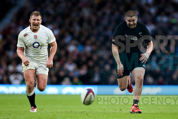 England's Dylan Hartley and New Zealand's Dane Coles - QBE Autumn Internationals - England vs New Zealand - Twickenham Stadium - London - 08/11/2014 - Pic Charlie Forgham-Bailey/Sportimage