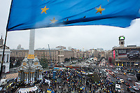 People gather in the independece square in Kiev. Ukriane in the night of EU samit in Vilnus. Thousands of people are continuing to express their support to european integration and protesting against decision of Ukrainian government to refuse signing of association with EU in Vilnius.