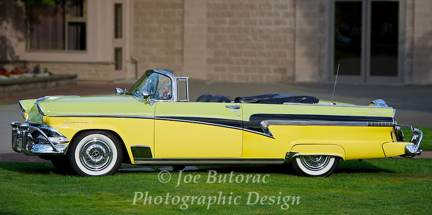 1956 Meteor Rideau Convertible at the Langley Good Times Curise-In