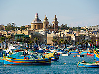 Malta: Fischerboote im Hafen von Marsaxlokk - Fishing Boats At The Marsaxlokk Harbour