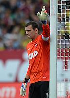 FUSSBALL   1. BUNDESLIGA  SAISON 2012/2013   2. Spieltag 1. FC Nuernberg - Borussia Dortmund       01.09.2012 Torwart Raphael Schaefer (1 FC Nuernberg)