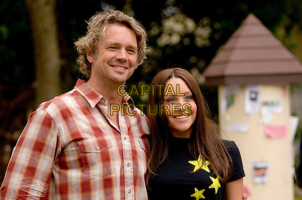 JOHN SCHNEIDER & AMANDA BYNES .in Sydney White (Sydney White and the Seven Dorks) .**Filmstill - Editorial Use Only**.CAP/FB.Supplied by Capital Pictures