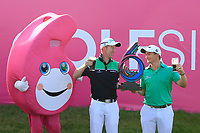 Team Ireland / Paul Dunne &amp; Gavin Moynihan with the trophy during day 2 of the GolfSixes played at The Centurion Club, St Albans, England. <br /> 06/05/2018.<br /> Picture: Golffile | Phil Inglis<br /> <br /> <br /> All photo usage must carry mandatory copyright credit (&copy; Golffile | Phil Inglis)
