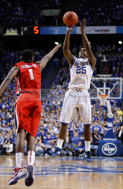 UK's Marquis Teague shoots a jump shot against Georgia at Rupp Arena on Friday, March 2, 2012. Photo by Scott Hannigan | Staff