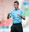 Referee Des Roache.