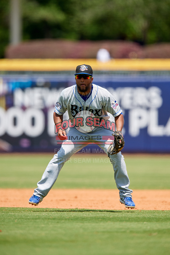Biloxi Shuckers second baseman Wendell Rijo (11) during a game against the Montgomery Biscuits on May 8, 2018 at Montgomery Riverwalk Stadium in Montgomery, Alabama.  Montgomery defeated Biloxi 10-5.  (Mike Janes/Four Seam Images)