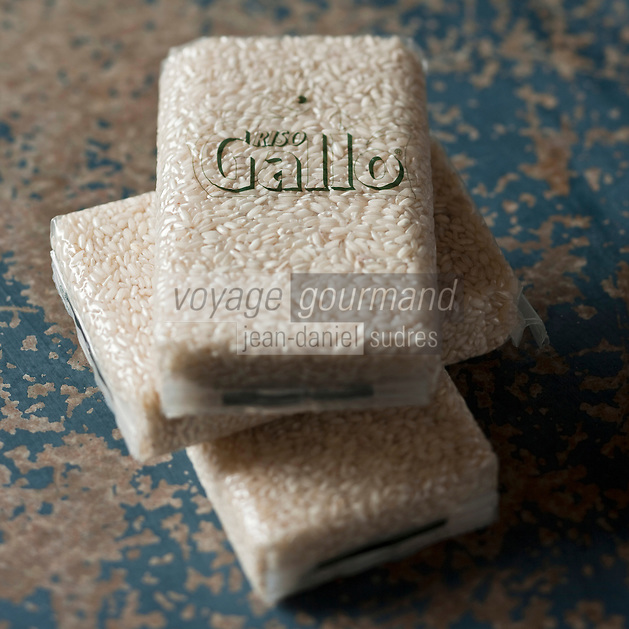 Europe/Italie/G&egrave;nes: Riso Gallo - Riz pour  Risotto   // Europe, Italy, Genoa : Riso Gallo, rice for   Risotto <br /> <br /> - Stylisme : Val&eacute;rie LHOMME