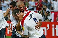 David Beckham and Wayne Rooney of England celebrate during the European Championship football match between France and England. France won 2-1 over England <br /> Lisbon 13/6/2004 Estadio da Luz <br /> Photo Andrea Staccioli Insidefoto
