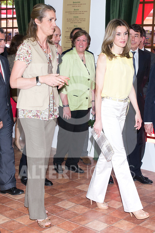 25.05.2012. Prince Felipe of Spain and Princess Letizia attend the inauguration of the Book Fair 2012 at the Retiro in Madrid. In the image Elena de Borbon and  Letizia Ortiz  (Alterphotos/Marta Gonzalez)