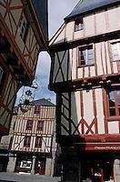 Europe/France/Bretagne/56/Morbihan/Vannes: Vieilles maisons sur la place Henri V