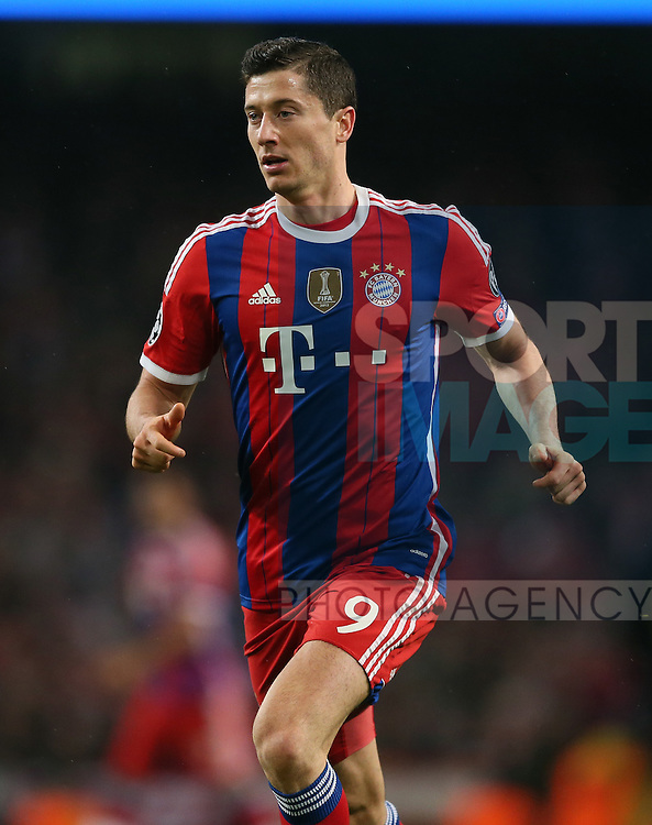 Robert Lewandowski of Bayern Munich  - UEFA Champions League group E - Manchester City vs Bayern Munich - Etihad Stadium - Manchester - England - 25rd November 2014  - Picture Simon Bellis/Sportimage