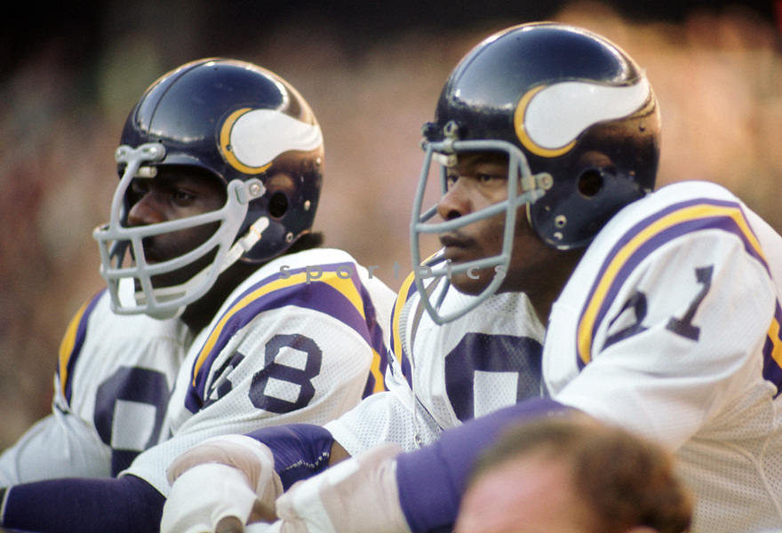 Minnesota Vikings  Alan Page (88) and Carl Eller during a game from the 1973 season with the Minnesota Vikings.  Alan Page played for 16 years with 2 different teams was a 9-time Pro Bowler and was inducted to the Pro Football Hall of Fame in 1988. Carl Eller played for 16 seasons with 3 different team, was a 6-time Pro Bowler and was inducted into the Pro Football Hall of Fame in 2004.(SportPics)