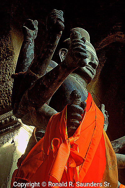 Statue of the Vishnu shrine