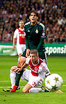 Nederland, Amsterdam, 3 oktober  2012.Seizoen 2012-2013.Champions League.Ajax_Real Madrid.Kaka van Real Madrid in actie om de bal met Toby Alderweireld van Ajax