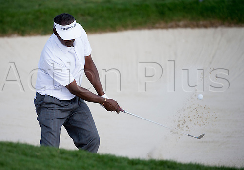 28.02.2016. Palm Beach, Florida, USA.  Vijay Singh hits out of the bunker at the 18th hole during the final round of the Honda Classic at the PGA National Resort & Spa in Palm Beach Gardens, FL.