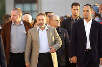 August 27 . 2002, Montreal, Quebec, Canada; <br /> <br /> Michael Caton-Jones, Director (L)<br /> Robert De Niro, Actor (M) and<br /> Serge Losique, president, World Film Festival<br /> arrive at the screening of Caton Jones movie ; CITY BY THE SEA, presented in competition at the 26th Montreal World Film Festival, August 27th 2002<br /> <br /> <br /> <br /> <br /> <br /> <br /> .