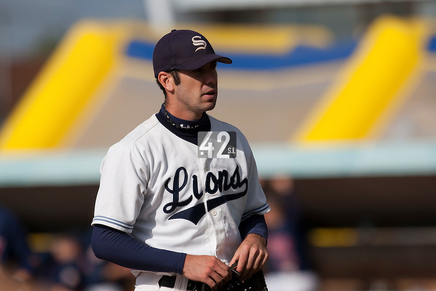 10 october 2009: Pierrick Le Mestre of Savigny walks back to the dugout as he pitches against Rouen during game 3 of the 2009 French Elite Finals won 4-2 by Lions of Savigny over Huskies of Rouen, at Stade Jean Moulin stadium in Savigny sur Orge, near Paris, France.