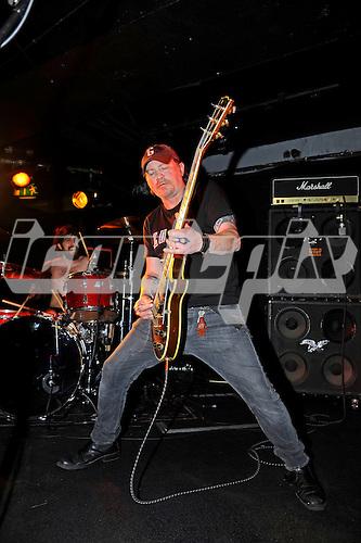 KARMA TO BURN - guitarist William Mecum - performing live at the Underworld in Camden London UK - 28 Mar 2016.  Photo credit: Zaine Lewis/IconicPix