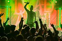 Die schwedische Melodic Metal-Band &quot;Dead by April&quot; spielte am Dienstag den 5. September 2017 im Berliner Club SO36.<br /> Im Bild: Der Frontmann und Growl-Saenger Jimmie Strimell.<br /> 5.9.2017, Berlin<br /> Copyright: Christian-Ditsch.de<br /> [Inhaltsveraendernde Manipulation des Fotos nur nach ausdruecklicher Genehmigung des Fotografen. Vereinbarungen ueber Abtretung von Persoenlichkeitsrechten/Model Release der abgebildeten Person/Personen liegen nicht vor. NO MODEL RELEASE! Nur fuer Redaktionelle Zwecke. Don't publish without copyright Christian-Ditsch.de, Veroeffentlichung nur mit Fotografennennung, sowie gegen Honorar, MwSt. und Beleg. Konto: I N G - D i B a, IBAN DE58500105175400192269, BIC INGDDEFFXXX, Kontakt: post@christian-ditsch.de<br /> Bei der Bearbeitung der Dateiinformationen darf die Urheberkennzeichnung in den EXIF- und  IPTC-Daten nicht entfernt werden, diese sind in digitalen Medien nach &sect;95c UrhG rechtlich geschuetzt. Der Urhebervermerk wird gemaess &sect;13 UrhG verlangt.]