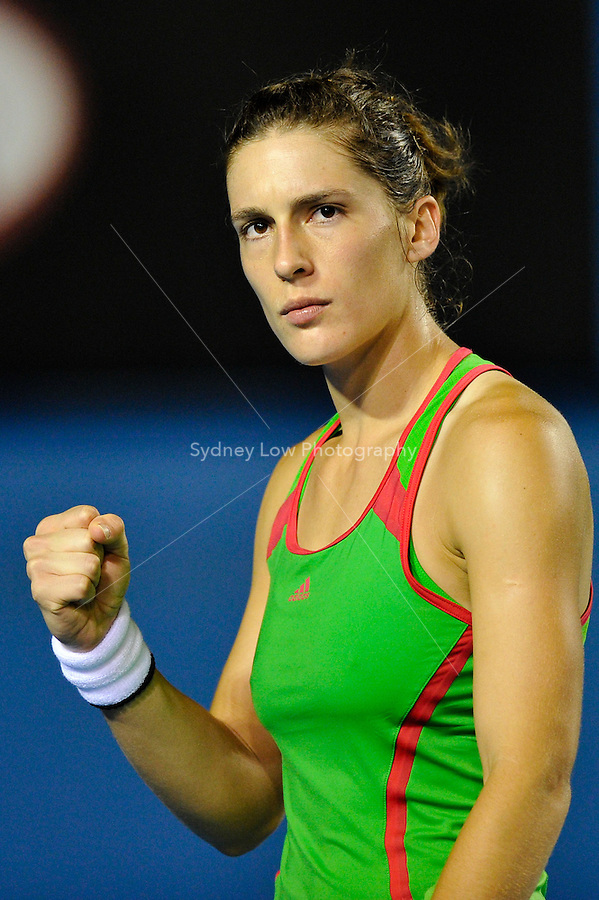 MELBOURNE, 19 JANUARY - Andrea Petkovic (GER) reacts during her second round match against Anne Keothavong (GBR) on day three of the 2011 Australian Open at Melbourne Park, Australia. (Photo Sydney Low / syd-low.com)